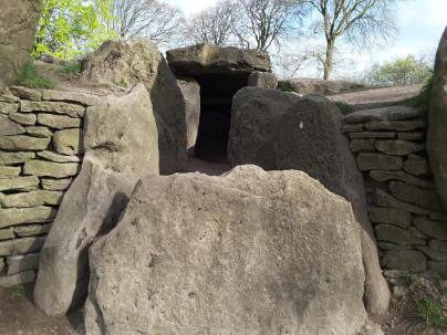 Waylands Smithy Ancient Longbarrow (North Facing)